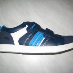 Pantofi sport cu scai baieti WINK;cod FE7082-1;marime:36-41 - Adidasi copii Wink, Marime: 39, 40, Culoare: Albastru, Piele sintetica