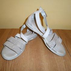 Sandale casual dama Melania, piele, mar 35, stare buna! - Sandale dama, Culoare: Alb