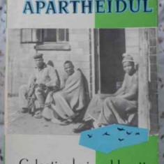 Si Astfel Zamisli Dumnezeu Apartheidul. Sase Mii De Kilometri - Jean Villain, 402474 - Carte Geografie