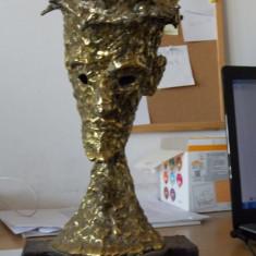 Statueta de bronz -Isus -artist francez Claude Darques - Sculptura