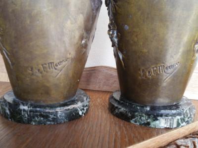 Doua vase semnate - L & F Moreau - Franta foto