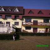 Vând casă în Comuna Brâncovenești, jud Mureș--> 10 km de Reghin - Casa de vanzare, 800 mp, Numar camere: 7, Suprafata teren: 800