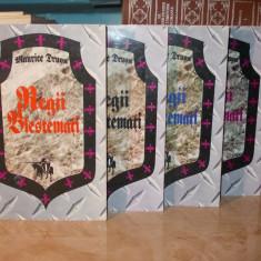 MAURICE DRUON - REGII BLESTEMATI ( 4 VOLUME ) - 1993 - Roman istoric