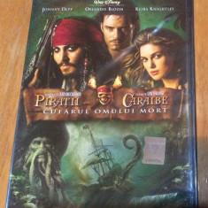 PIRATII DIN CARAIBE : CUFARUL OMULUI MORT - DVD ORIGINAL SIGILAT - Film Colectie, Romana
