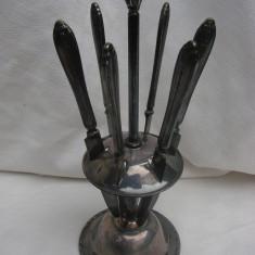 Suport din alpacca cu sase cutite - anii 1920 - Argint, Ornamentale