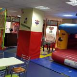 Vand loc de joaca pentru copii Bucuresti