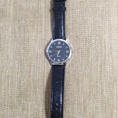 Vand ceas barbatesc marca ROMAN, mecanism quartz, cadran negru