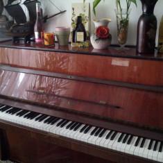 PIANINĂ * DOINA - Octave 7 și 1/2. - Pianina Altele