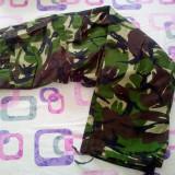 Pantaloni armata camuflaj marimea 50-II