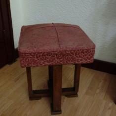 Taburet elegant