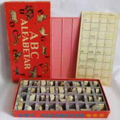 ABC Alfabetar, joc romanesc educativ, 1975, perioada comunista, complet - Jocuri Litere si Cifre