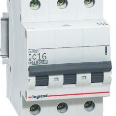 Disjunctor 419708 3P/C/16A/4.5KA - Tablou electric si siguranta