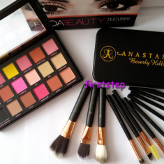 Trusa machiaj farduri 18 culori Huda Beauty 12 pensule Anastasia Beverly Hills - Trusa make up