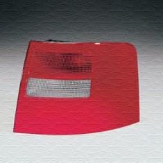 Stop lampa stanga Audi A6 Avant 4B5 C5 (-> 05.01) MAGNETI MARELLI cod 712397101129