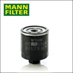 Filtru ulei VW Golf 5 V 1K1 1.4 16V MANN cod W712/52