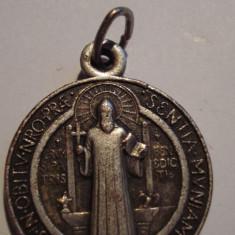 Medalia SFANTULUI BENEDICT - Decoratie
