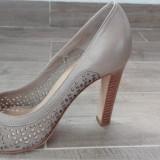 Pantofi eleganti cu toc, din piele, marimea 39 - Pantof dama, Culoare: Crem
