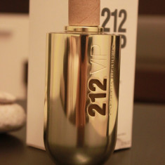 Parfum TESTER original Carolina Herrera 212 VIP EDP - Parfum femeie Carolina Herrera, Apa de toaleta, 80 ml