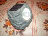 Lampa solara de exterior completa, functioneaza cu un acumulator AA