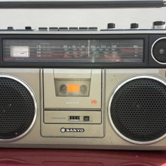 RADIO CASETOFON  SANYO M 9930LU