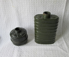 Filtru masca gaze, filtre vechi masti de gaze romanesti din perioada comunista foto