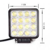 Cumpara ieftin Proiector LED auto offroad 48W 3500 lumeni patrat proiectoare