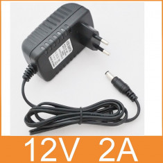 Transformator Alimentator Incarcator Curent Priza AC 100-240V DC 12V 2A C61