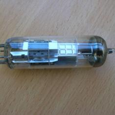 Lampa tub ECL86 Valvo