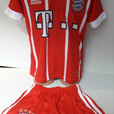 Echipament fotbal pentru copii Bayern Munchen Lewandowski model nou 2017, Marime: Alta