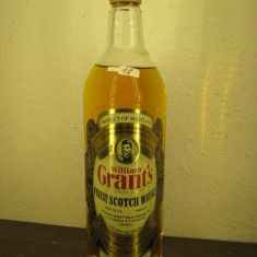 Whisky n. 18 - GRANT'S, FINEST SCOTCH WHISKY, cl 75 gr 40 ANI 60/70 STAND FAST