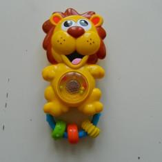 Jucarie muzicala pentru bebelusi, Leu pentru bebelusi, jucarie dentitie, Noriel - Jucarie zornaitoare, 9-12 luni, Unisex, Multicolor, Plastic