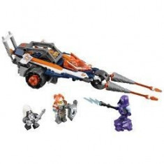 Lego Nexo Knights Motocicleta dubla a lui Lance 7-14 ani (70348)