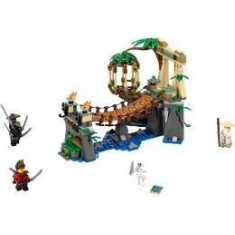 Lego Ninjago. Cascada principala