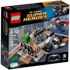 Lego Super Heroes Infruntarea Eroilor 6-12 Ani (76044) - LEGO Marvel Super Heroes