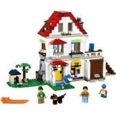 Lego Creator. Vila de familie 8-12 ani (31069)