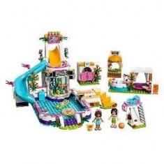Lego Friends Piscina de vara din Heartlake 6-12 ani