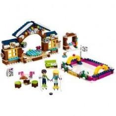Lego Friends. Patinoarul Statiunii De Iarna