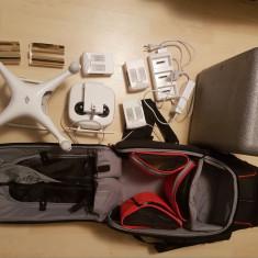 Drona DJI Phantom 4 + accesorii
