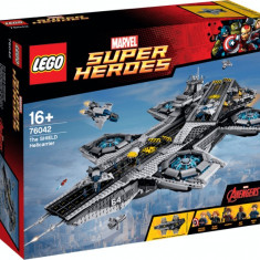 LEGO® Marvel Super Heroes The SHIELD Helicarrier 76042
