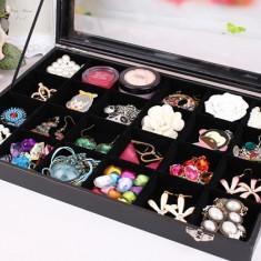 Caseta prezentare bijuterii cu 24 spatii