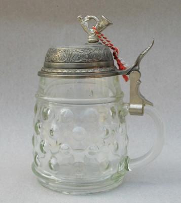MUSIC BOX - Halba de bere din sticla prevazuta cu cutie muzicala in capac BMF foto