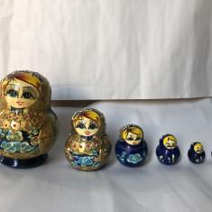 Set de 6, papusi Matroska, Matrioska, din lemn, pictat