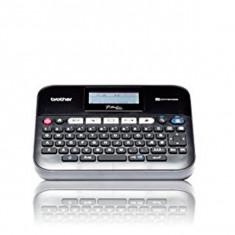 Etichetator Electric cu Tastatură și Conexiune PC Brother FIMITE0159 PTD450VPUR1 Qwerty (65) LED 6 x AA (LR6/HR6) - Imprimanta laser color