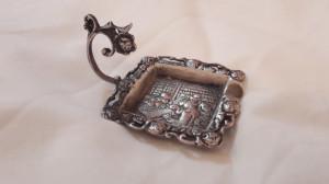 SCRUMIERA argint cu Maner SCENA din CRAMA ornamentata SUPERB veche MASIVA