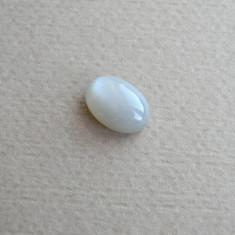 Cabochon (caboson) piatra lunii (OKZ1)