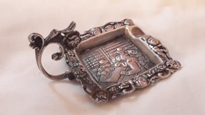 SCRUMIERA argint cu Maner SCENA din CRAMA ornamentata SUPERB veche MASIVA foto