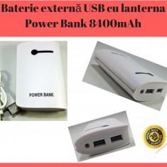 Baterie externă / Acumulator Portabil Cu Lanterna Power Bank 8400mAh