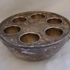 Cumpara ieftin Suport argintat pentru oua de pasti - perioada interbelica