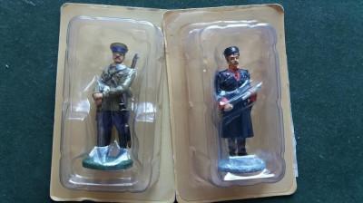 A.Set 2 soldati ARMATA ROSIE foto