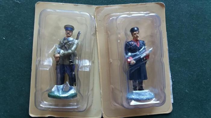 A.Set 2 soldati ARMATA ROSIE